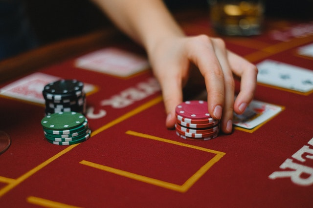 Top Benefits Of Playing Online Casino Games On Mobile App